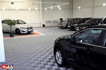 Aufsteckbare Bodenplatten für den Showroom