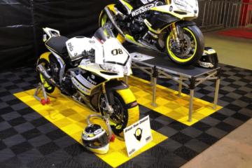 Boden für Motorradstand