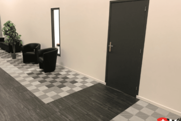 Boden für Showroom mit Vinyltrax-Platten