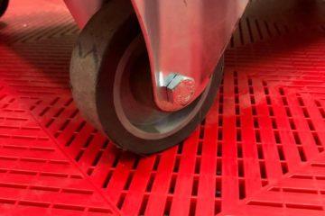 Bodenplatten für die Garage und Werkstatt