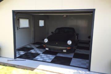 Sie benötigen keinen Kleber, kein Fugen oder ein spezielles Werkzeug: Die Garagenbodenplatten können direkt auf der Oberfläche Ihres Raums installiert werden, um eine vollständige Umwandlung in nur…