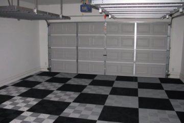 Karierter Garagenboden