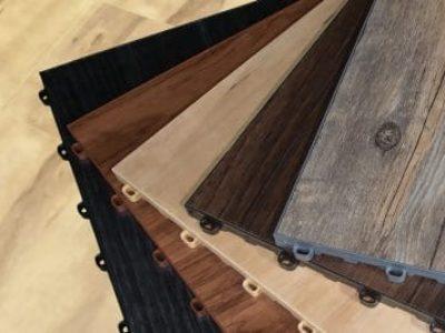 Modulare Bodenplatten mit 5 Holzmaserung-Optiken