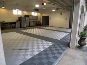 Pearl Silver und Slate Grey Ribtrax Platten für Garagenboden