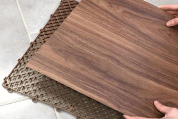 Platten mit Holzmaserungs-Effekt