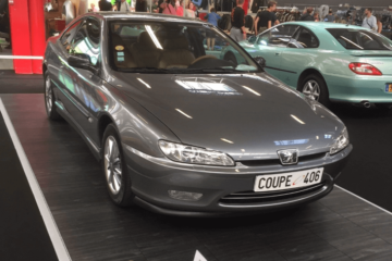 Podium-Ausstellung-Automobil