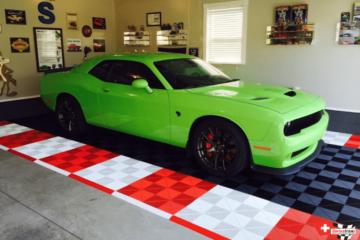 Racing Red und Artic White Ribtrax-Platten